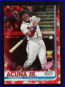 2019 Topps Update Home Run Derby Independence Day /76 Ronald Acuna Jr Acuña