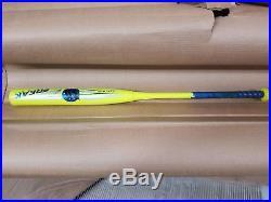 Miken Freak 30 HOMERUN DERBY Softball BAT